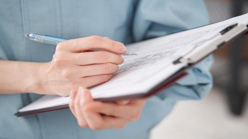 住宅購入でも、マンション購入でも、屋根裏と床下、建具の取り付け具合などは必ず点検しましょう。